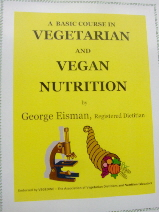 A Basic Course in Vegetarian and Vegan Nutrition
